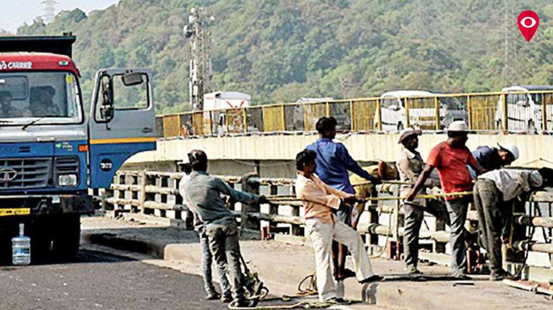 पूराना वर्सोवा पुल चार दिन बाद फिर से खुला