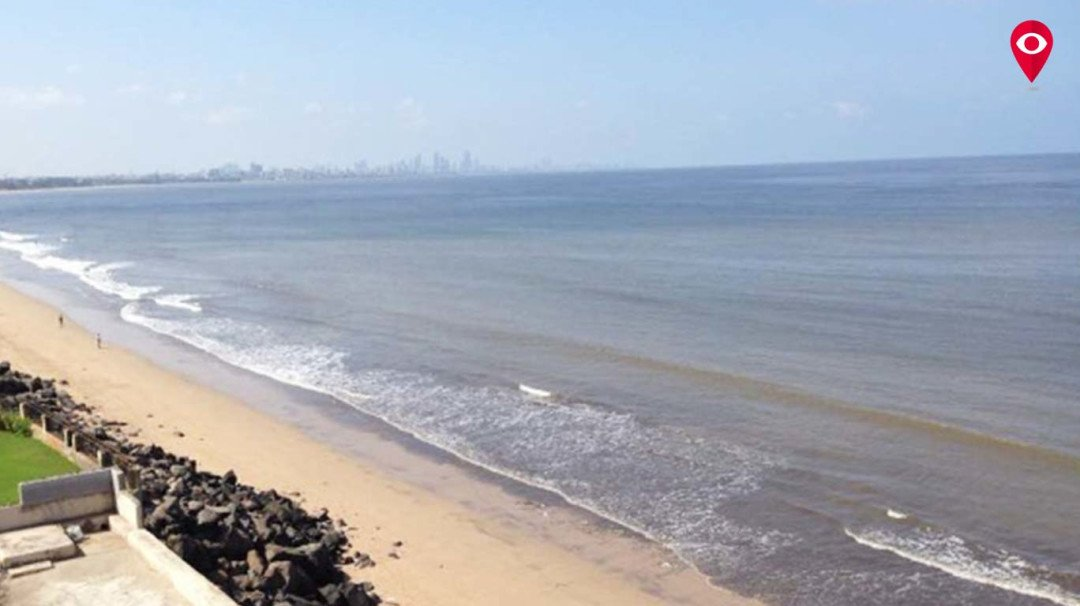 Versova Beach is squeaky clean. And Twitter can't stop gushing about it