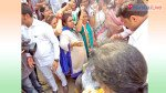Congress' women burn Vinay Katiyar effigy