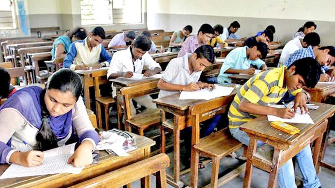 Students will be examined for deliberate coming late to the examination hall: Vinod Tawde