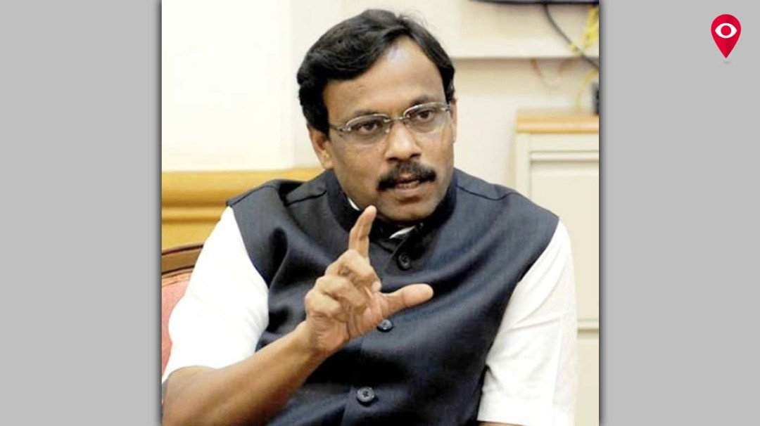 Parents get disappointed due to continuous hike in school fee; decide to meet Education Minister Vinod Tawde