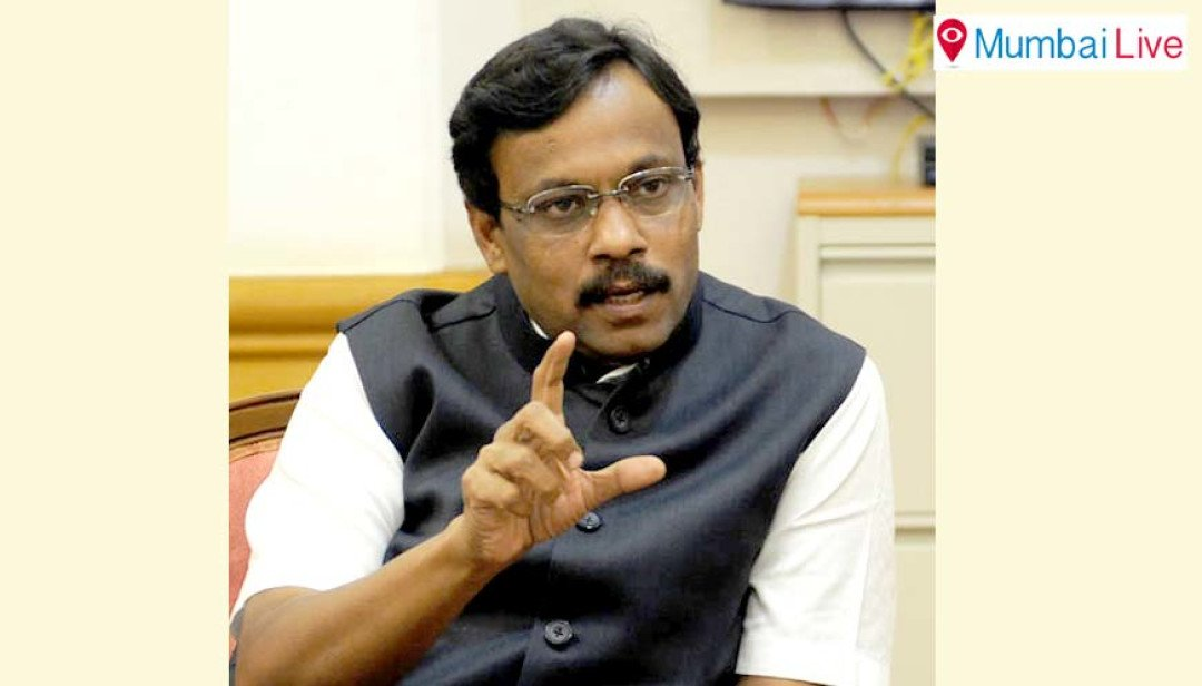 Don't play with students' future : Vinod Tawde
