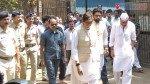 Bollywood pays condolence to Suniel Shetty's Father