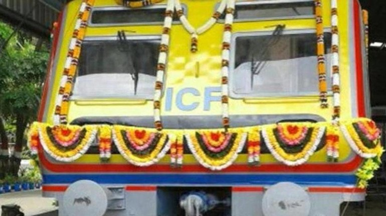 WR proposes INR 10 to travel in AC train for the first 5 kms