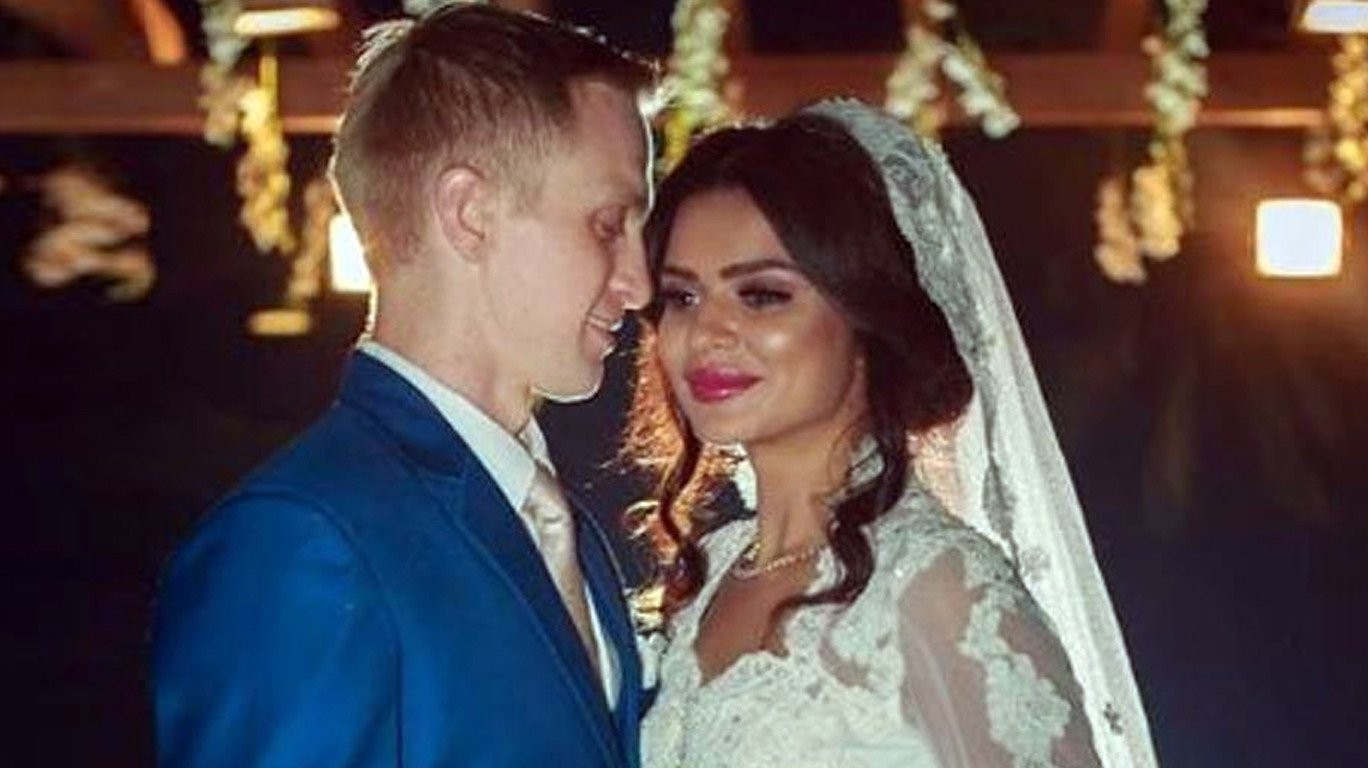Aashka Goradia and Brent Globe's fairytale wedding-Watch videos