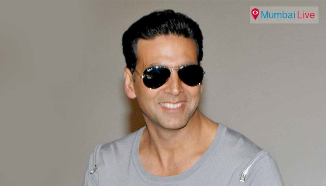 Akshay Kumar turns saviour