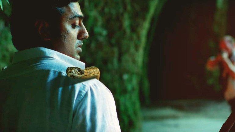एडवेंचरर फिल्म 'एमजॉन ओबीजान' का धमाकेदार ट्रेलर, जानवरों से लोहा लेता एक्टर देव!
