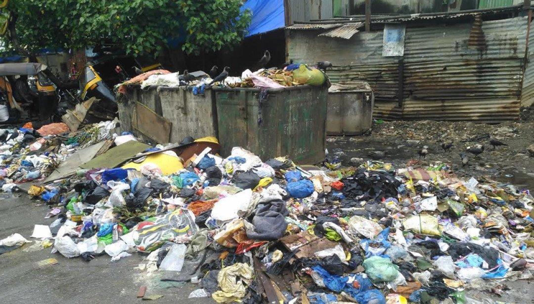 बांद्रा में कचरों का अंबार I