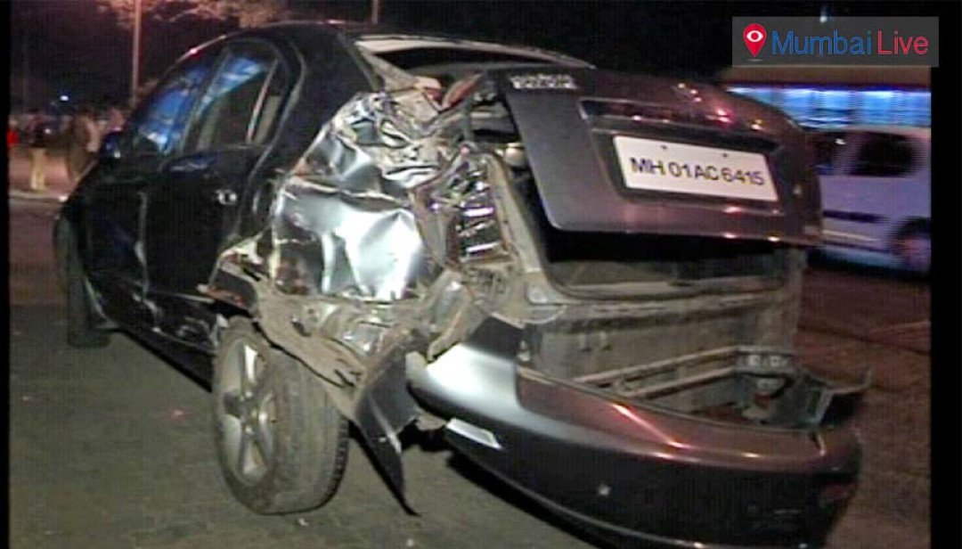 Bus rams into six cars, injures two