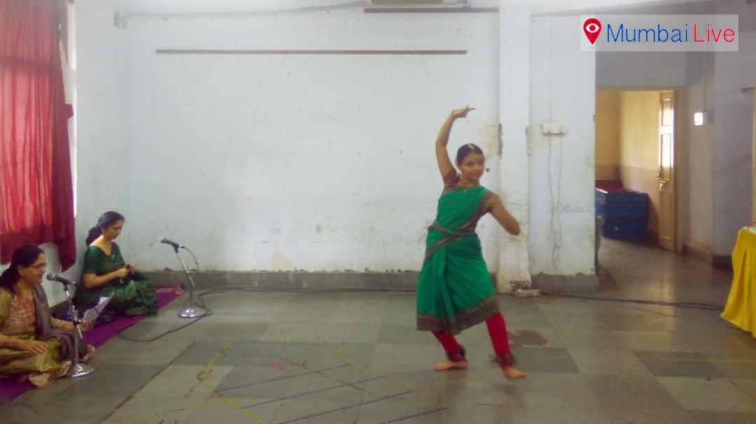 Kalavardhini Bharatnatyam Competition