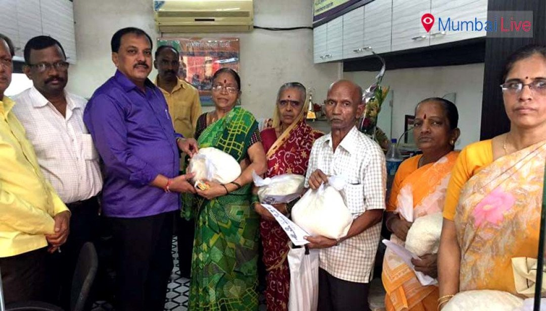 BJP distributes free rice