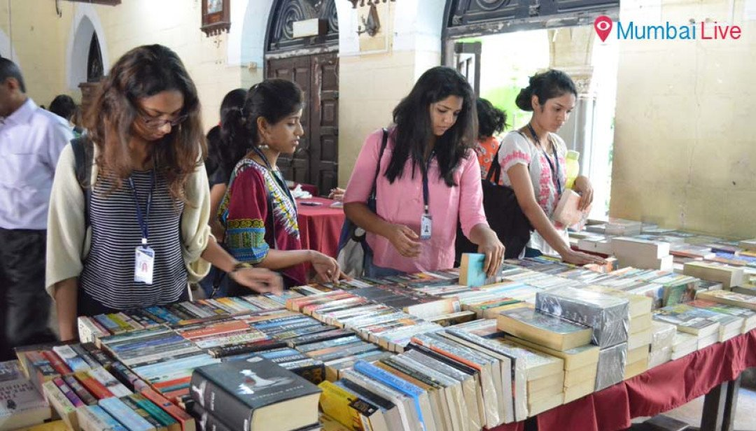 St. Xavier's college books the weekend