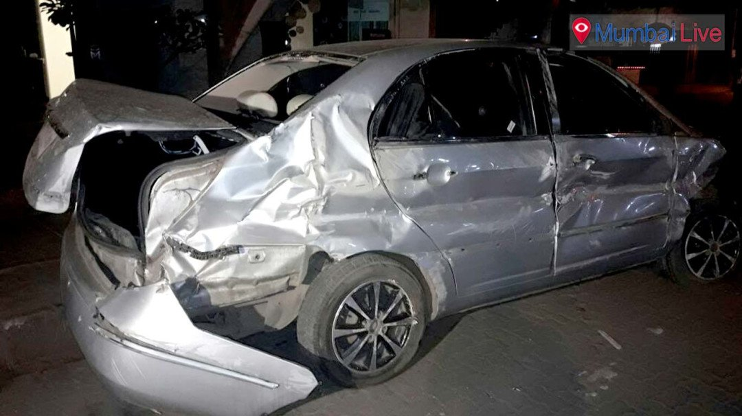 Two injured in car accident at Bandra Reclamation