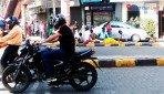 चर्नी रोड का फुटपाथ बना आशियाना