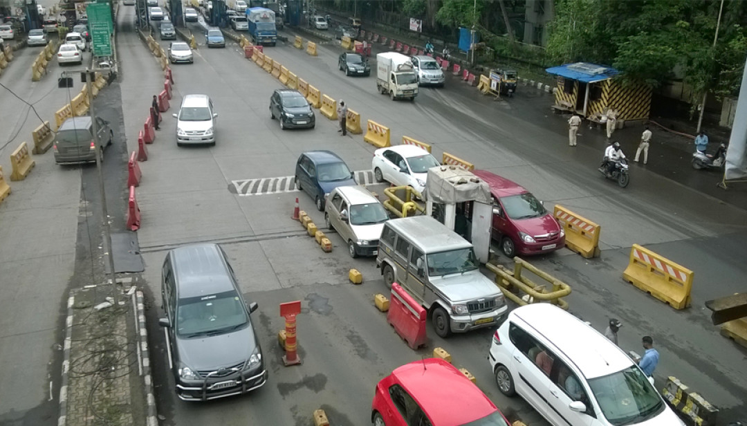 Unique solution on Mulund's traffic