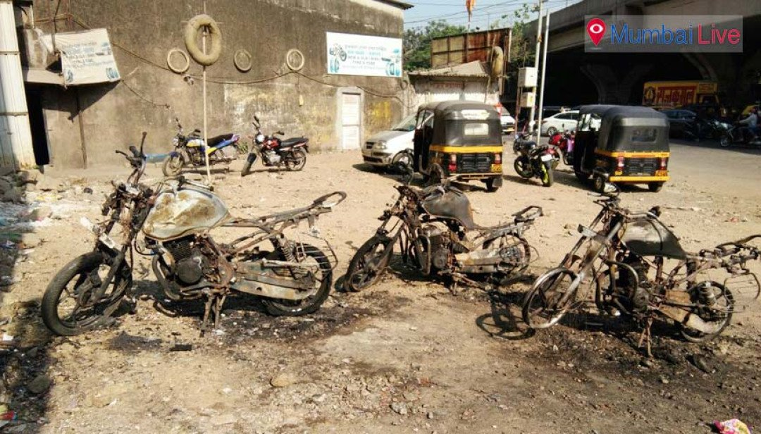 Unknown man sets fire to six bikes