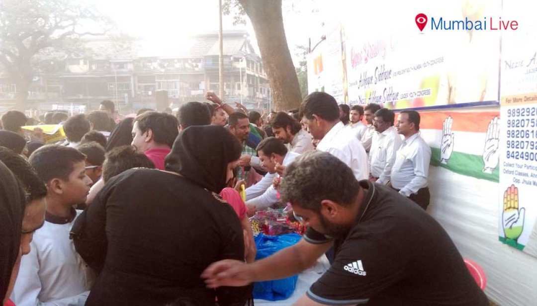 Drawing competition in Byculla