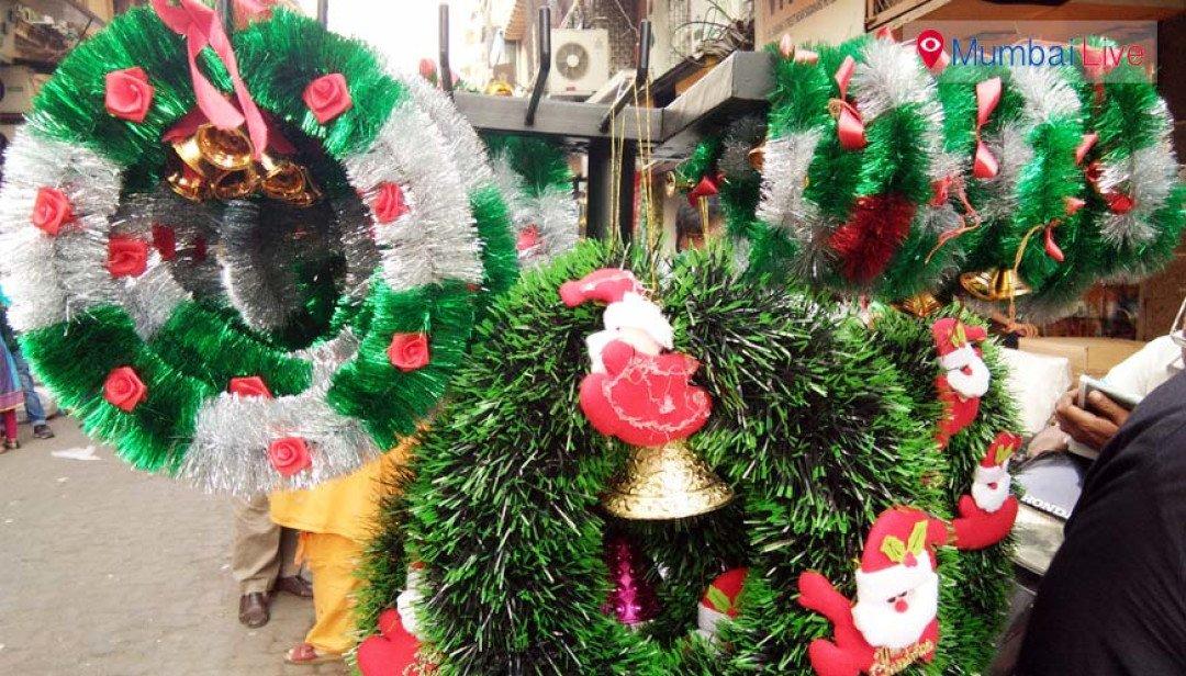 ख्रिसमस निमित्त फुलला बाजार