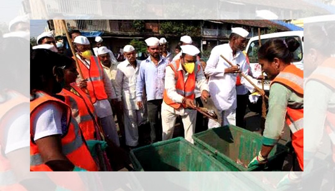 'Dabawallas' to clean Girgaum Beach