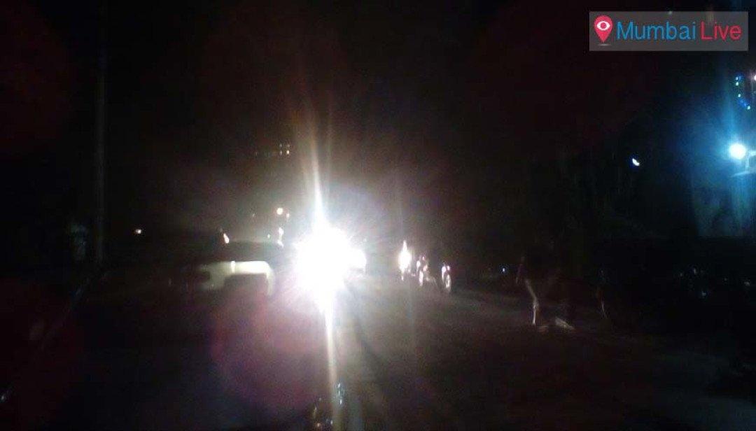 Darkness engulfs Sant Ramdas road