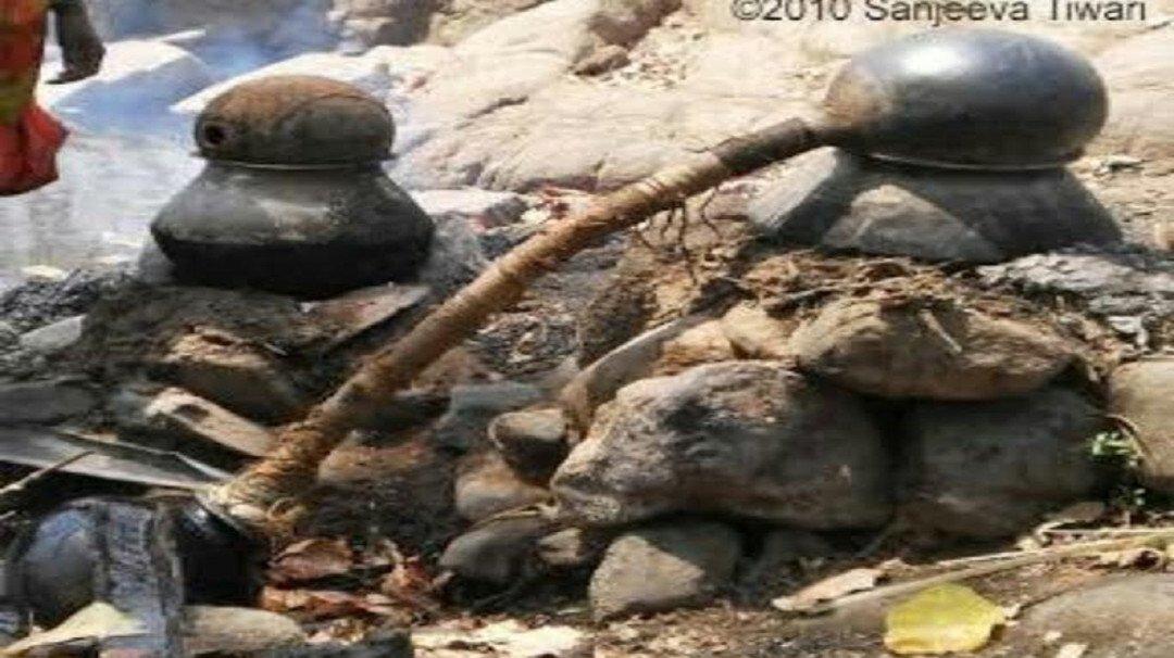 वनविभाग की कार्रवाई  में  देशी दारु नष्ट,३ गिरफ्तार २ फरार