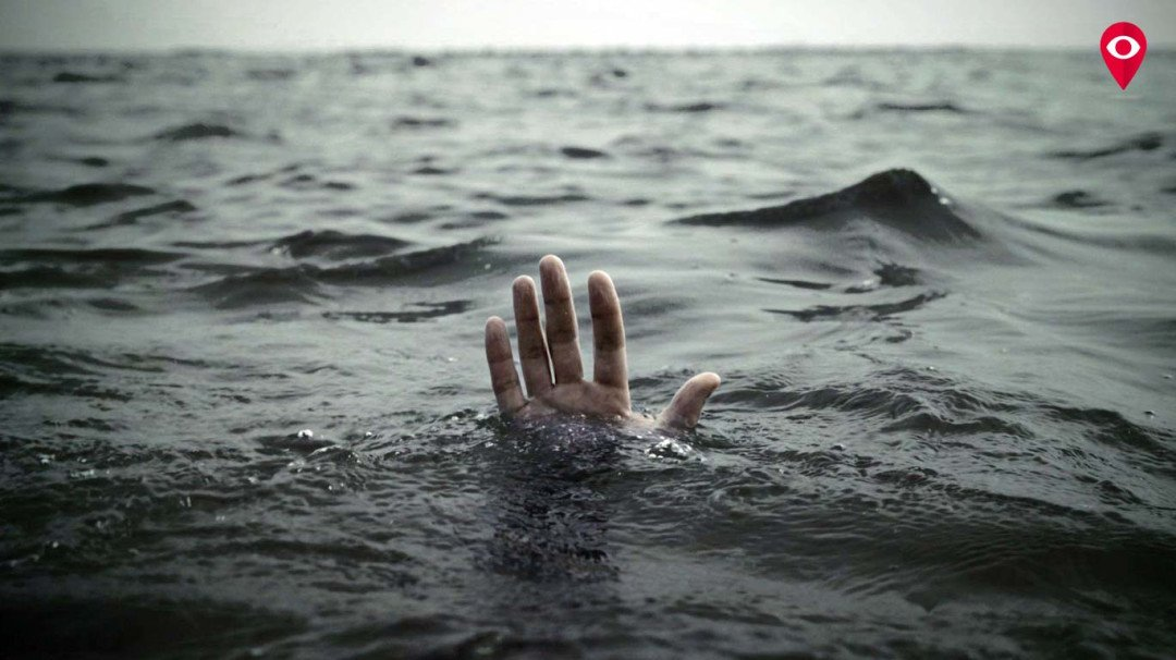 Youth drowns in sea, one rescued