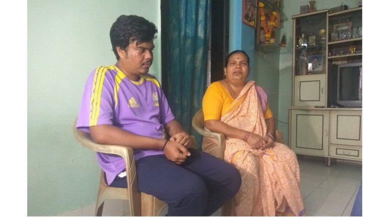आधी बसायला खुर्ची, आता होतेय हडतुड..२६/११ हल्ल्यातील शहीदाच्या पत्नीची शोकांतिका