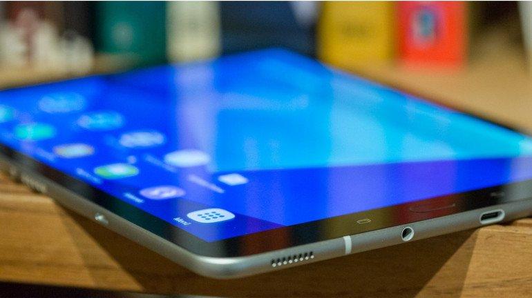 BMC corporators should get tablets instead of laptops: Ajoy Mehta