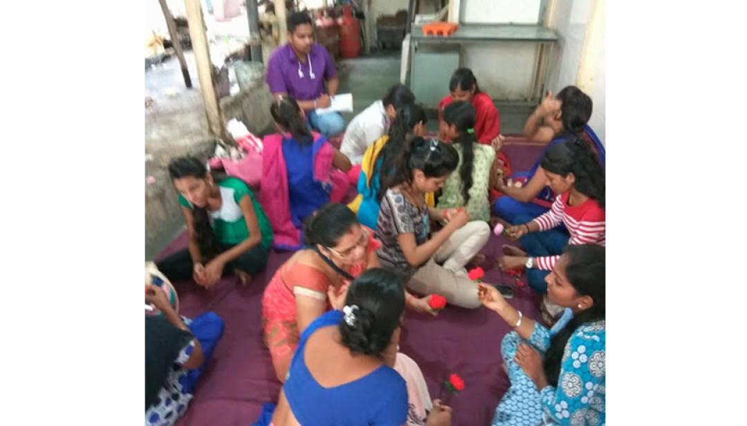 महिलाओं के लिए स्वयंरोजगार प्रशिक्षण शिविर