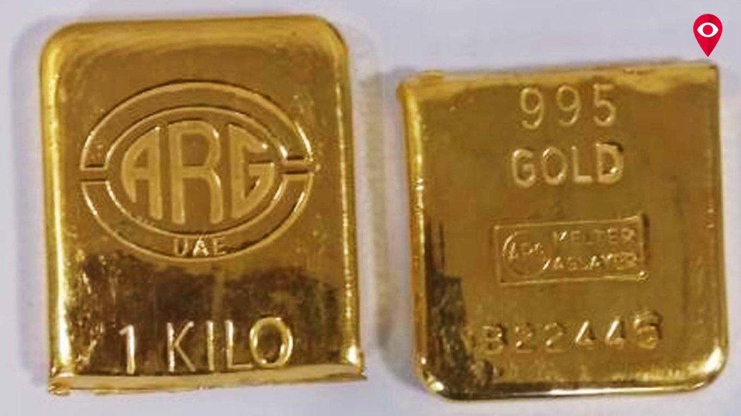 बुटात सापडलं 30 लाखांचं सोनं