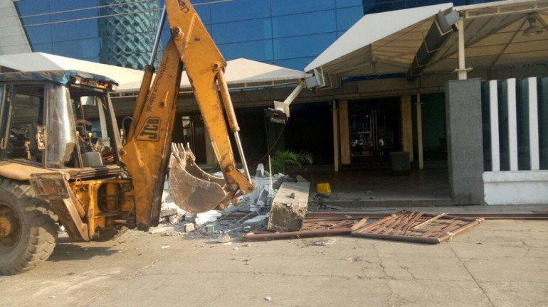 BMC razes illegal construction of NSCI