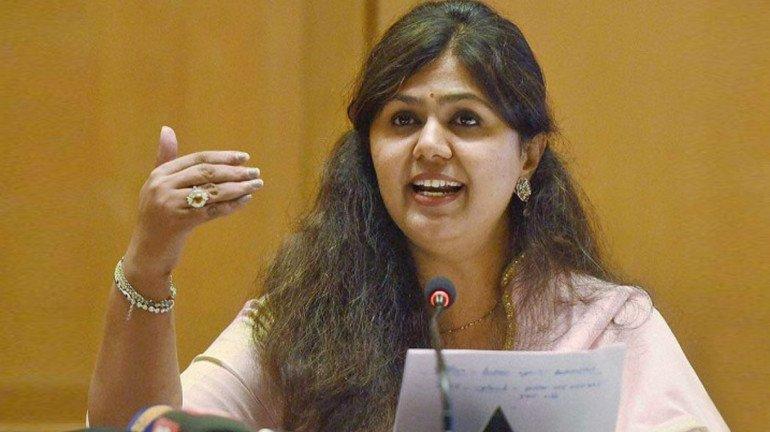 पंकजा मुंडेंनी मुंबईत बोलावली नाराज समर्थकांची बैठक