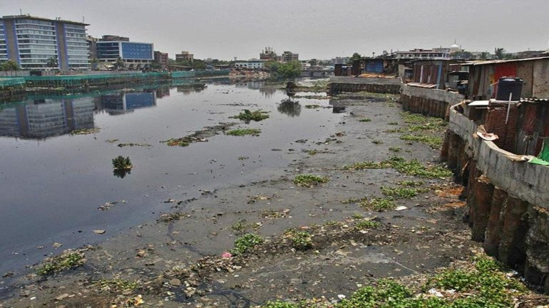 Mumbai might face waterlogging as desilting of Mithi river remains incomplete