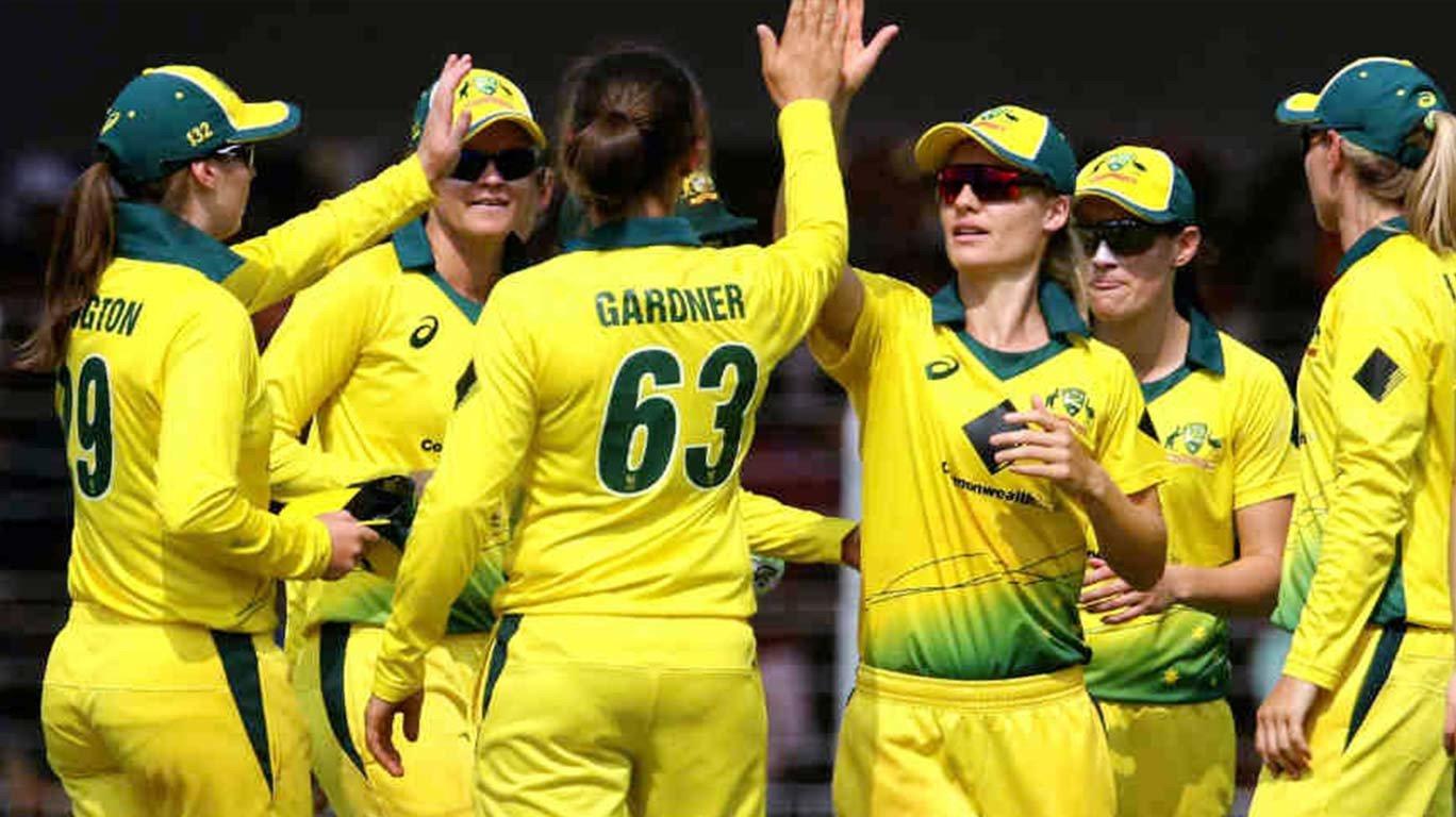 Schutt takes first Aussie women's T20I hat-trick