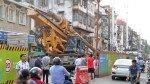 मुंबई में दो स्थानों पर क्रेन पलटा, कोई हताहत नहीं