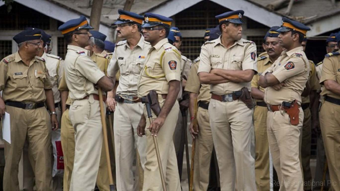 Maha cops raid homes of Dalit leaders with Maoist links
