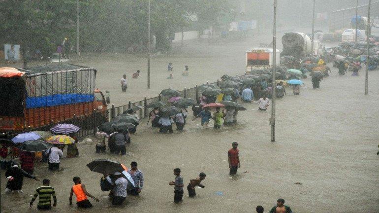 IMD Mumbai and IMD Nagpur issues severe weather warnings