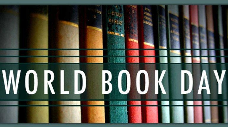 जीवनाला दिशा देणारी ५ प्रेरणादायी पुस्तकं