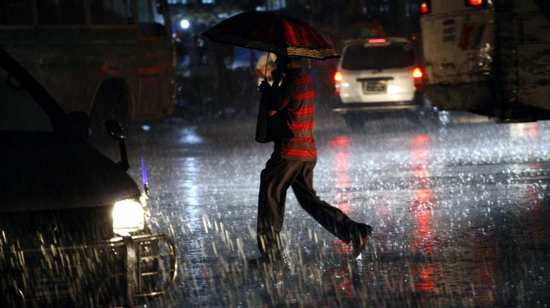 IMD issues severe warning for Maharashtra; rainfall likely to occur in Mumbai, Palghar