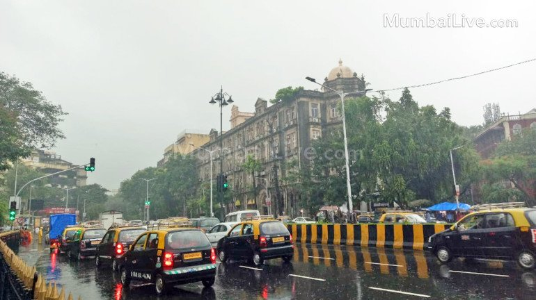 IMD issues yellow alert in Mumbai, Thane and 9 other districts of Vidarbha