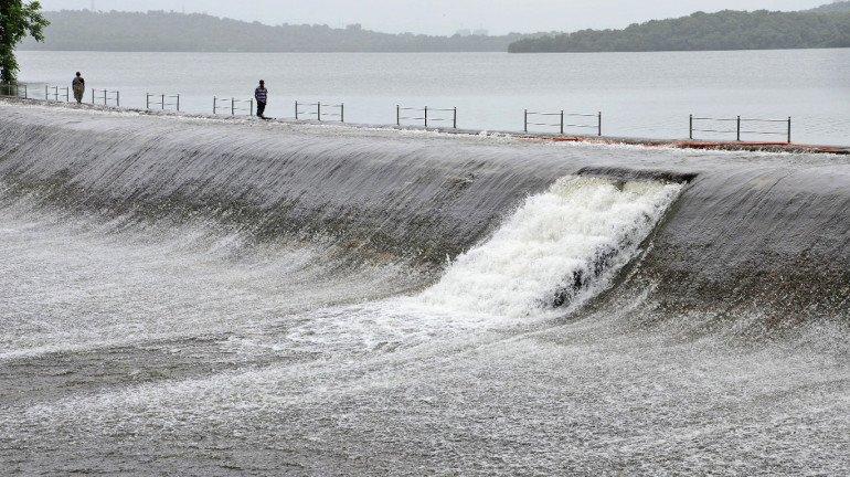 मुंबईच्या तलावांमध्ये ऑक्टोबरपर्यंत पुरेल इतका पाणीसाठा जमा