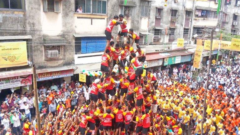 Mumbai: CM Thackeray to take decision on celebrating Dahi Handi today
