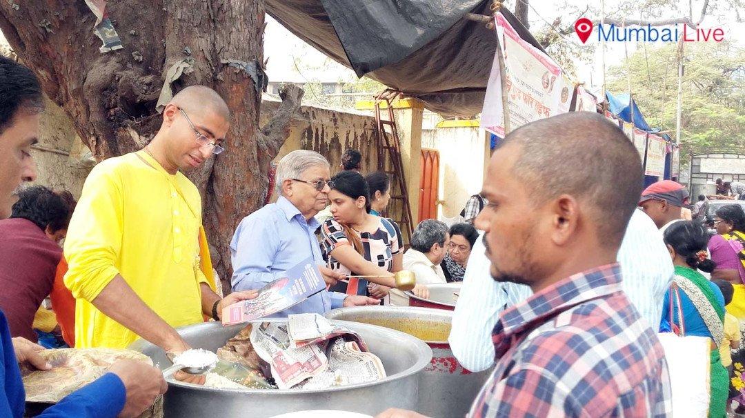 Food distribution for devotees