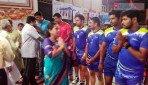 Mumbai police beat MCGM