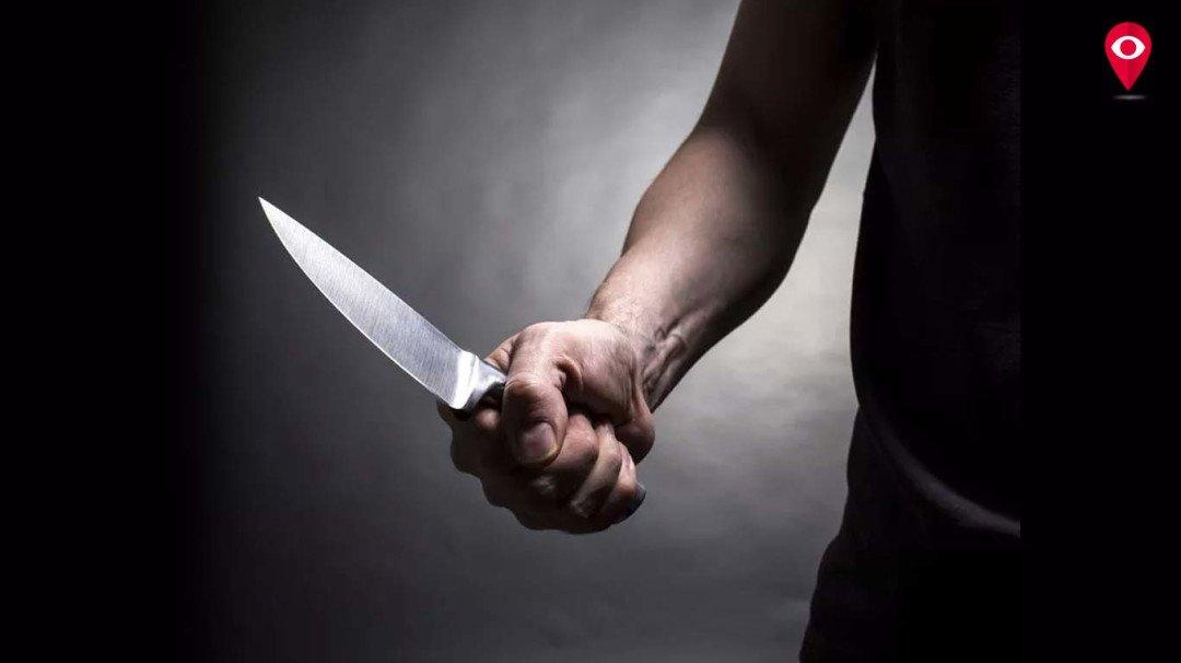 चार गर्दुल्लों ने मिलकर दो युवकों पर किया चाकू से हमला