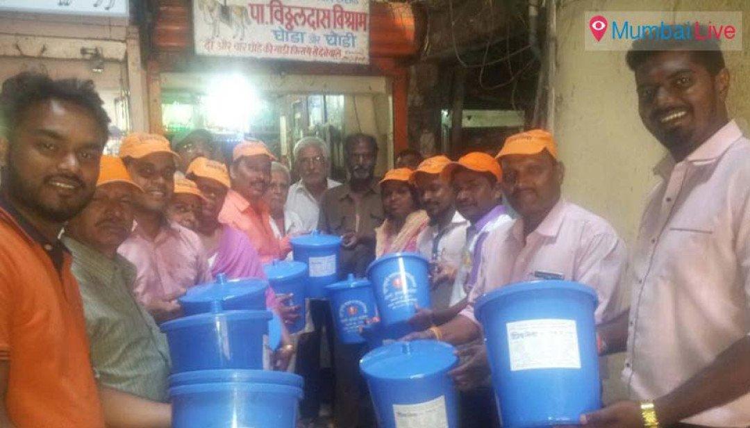 SS distributes bins at Kumbharwada