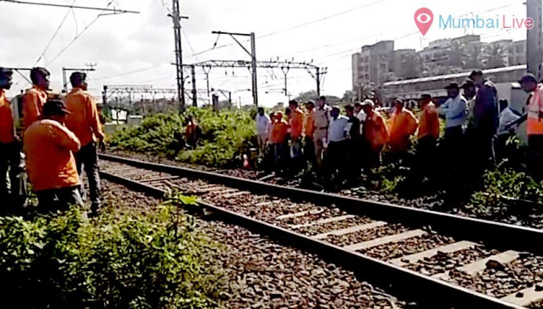 Central railway stalled