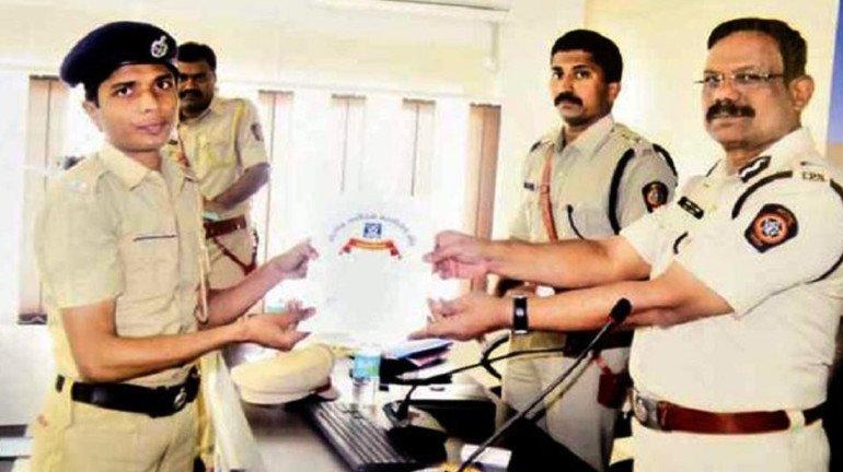 महाराष्ट्र की यह महिला पुलिस बनना चाहती है पुरुष, कोर्ट से मांगी इजाजत