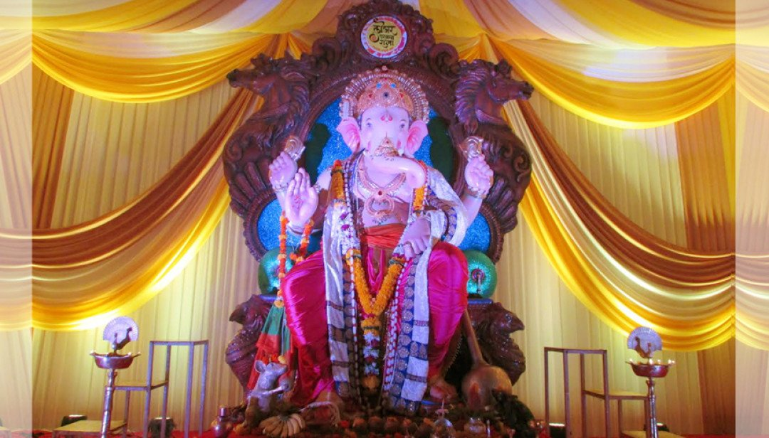 Lower Parel Ganesha @ 83 !