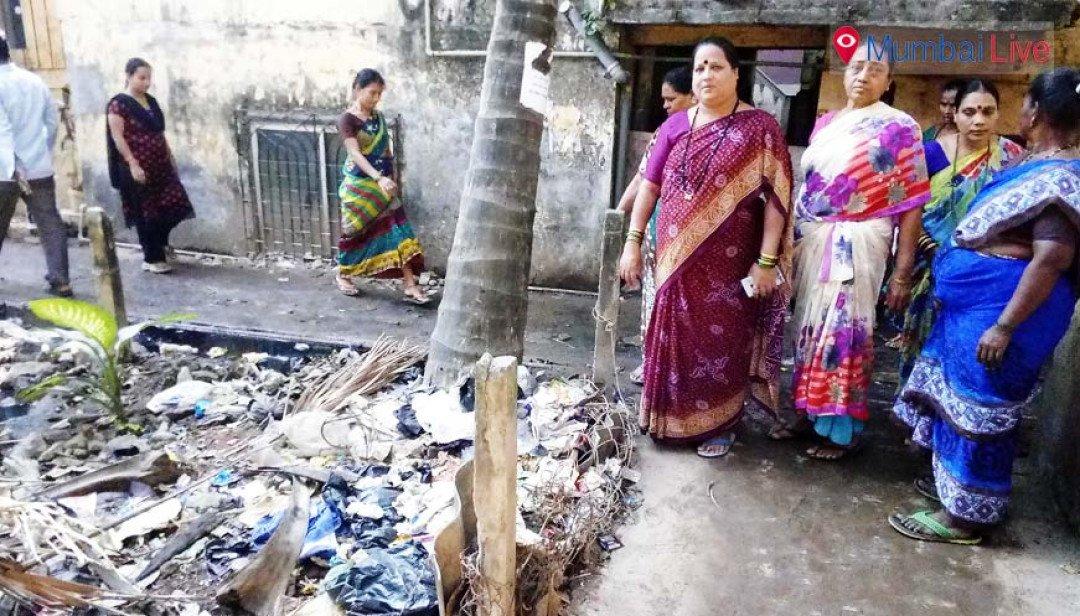 Piled up garbage raises stink at Madh